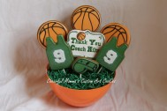 Cookie bouquet with basket shred